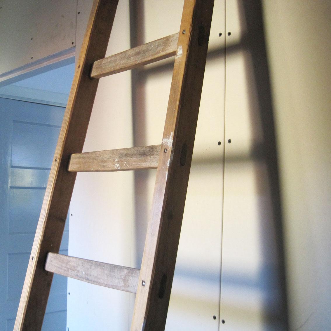 18.000 foto's opruimen en archiveren. Een ladderfoto en de patronen die ik ervan maakte. Gerda Bontsema